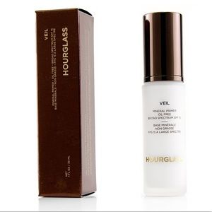 AWARD WINNING 🏆HOURGLASS VEIL MINERAL PRIMER 30ml